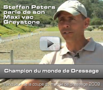 Steffen Peters uses MAXI VAC